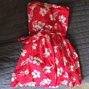 Mini strapless floral dress 🌺